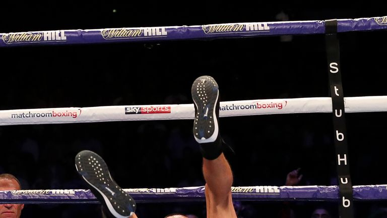 Vargas takes  a tumble after a blistering combination