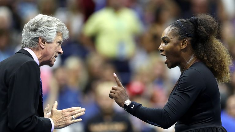 Serena Williams argues with tournament referee Brian Earley at the US Open