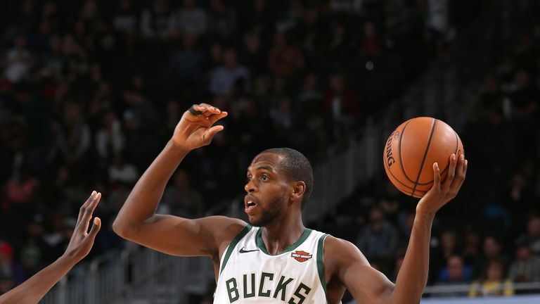 Khris Middleton in action for Milwaukee in their win over the Knicks