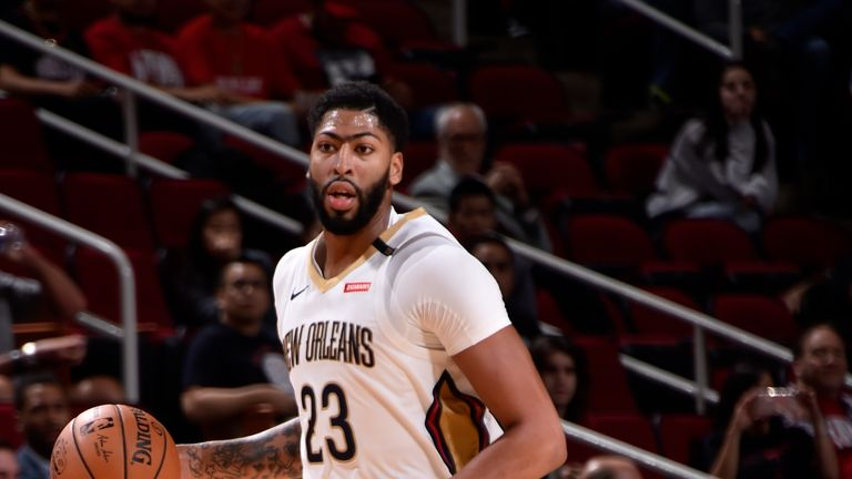 HOUSTON, TX - OCTOBER 17: Anthony Davis #23 of the New Orleans Pelicans handles the ball against the Houston Rockets during a game on October 17, 2018 at Toyota Center, in Houston, Texas.