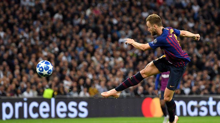 Ivan Rakitic fired Barcelona 2-0 up from distance