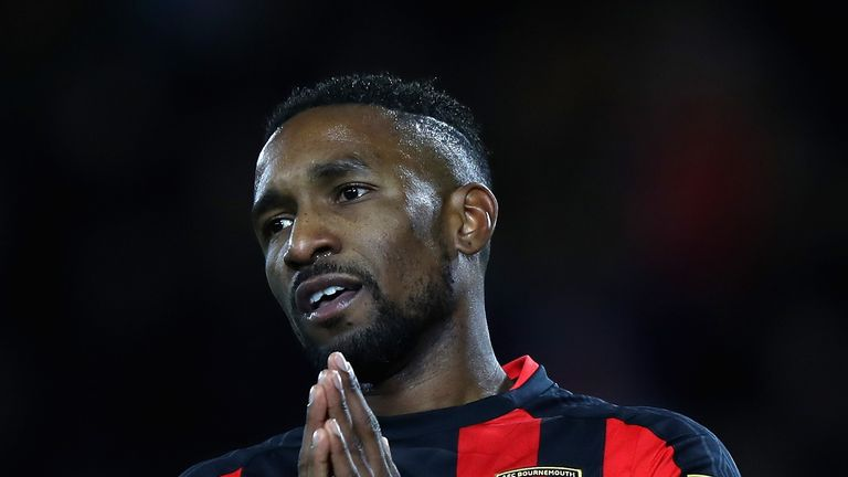 Jermain Defoe revealed Howe's attention to detail is like nothing he's ever seen