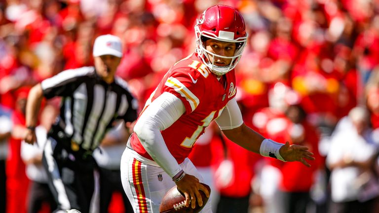 Mahomes keeps Chiefs flawless with comeback win over Broncos