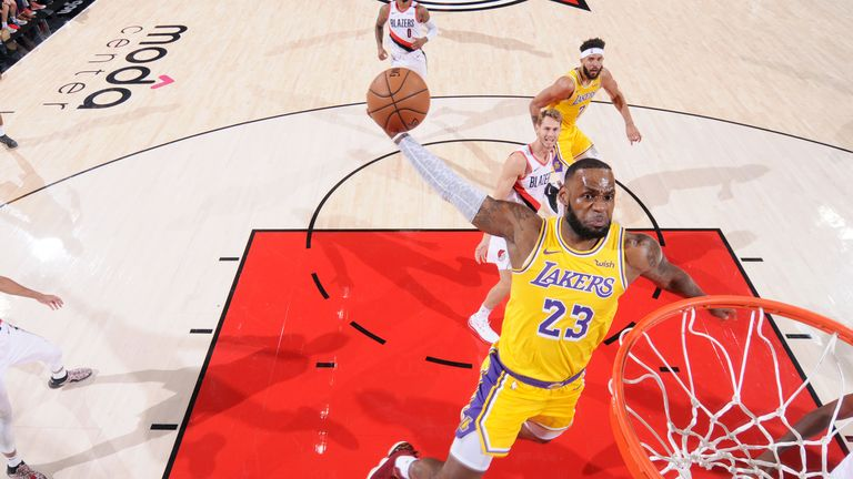 Blazers spoil LeBron's Lakers debut
