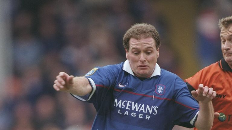 Ally McCoist And Vinny Jones Both Bewildered & Embarrassed By Paul Gascoigne's Treatment