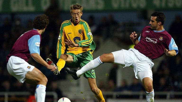Crouch spent a season on loan at Norwich in the 2003/04 Championship
