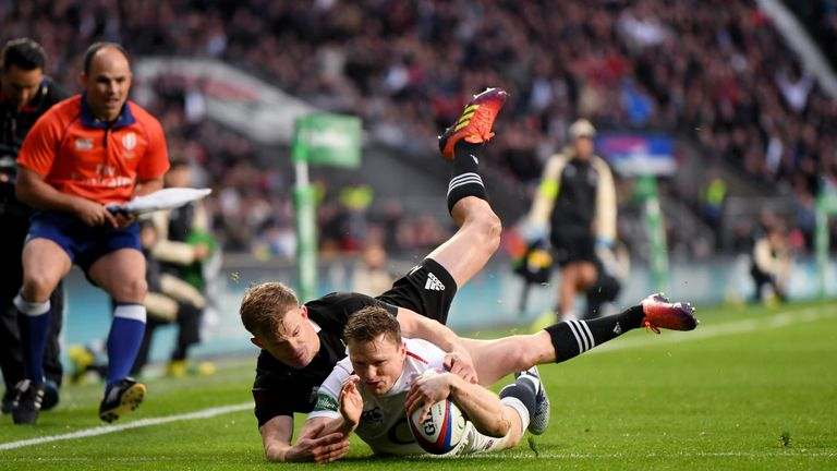 Chris Ashton is another superbly talented player to be able to call upon