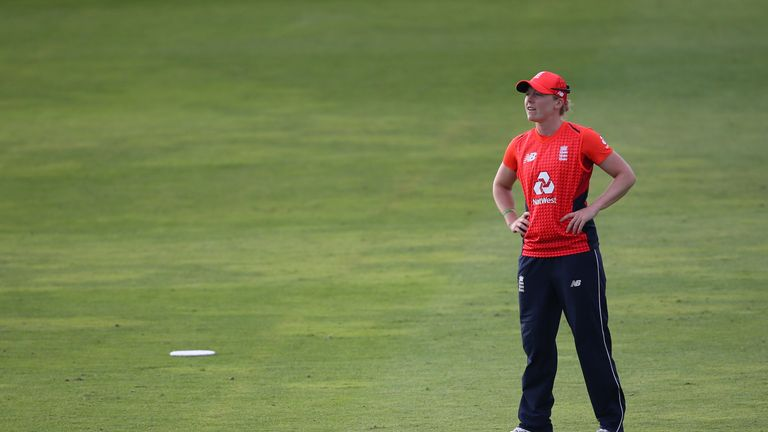 TAUNTON, ENGLAND - JUNE 23: Heather Knight of England stands in the field during the International T20 Tri-Series match between England Women and New Zealand Women at The Cooper Associates County Ground on June 23, 2018 in Taunton, England. (Photo by Julian Herbert/Getty Images)