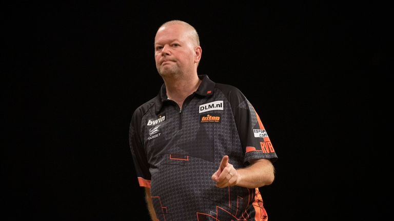Raymond van Barneveld is desperate to end his magnificent career on a high