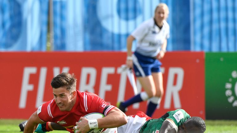 DTH Van Der Merwe in action for Canada