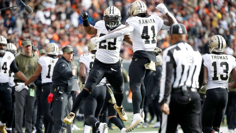 Mark Ingram split carries with Alvin Kamara in New Orleans