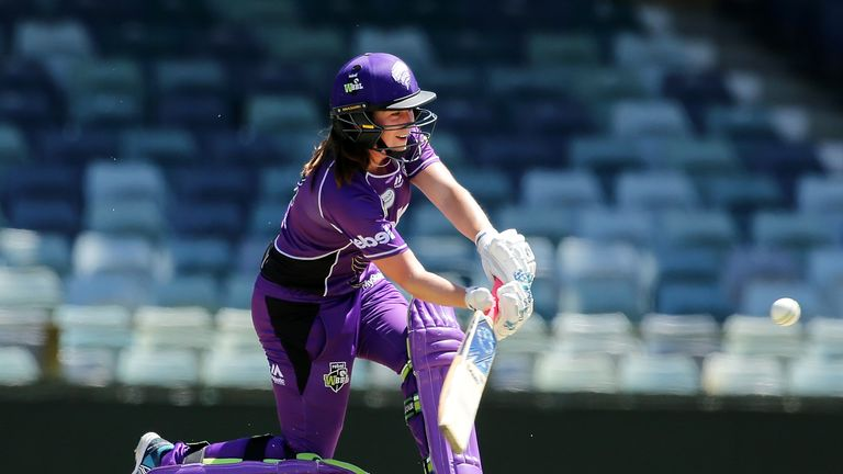 Isobel Joyce replaced injured Lauren Winfield for the Hobart Hurricanes in the 2017