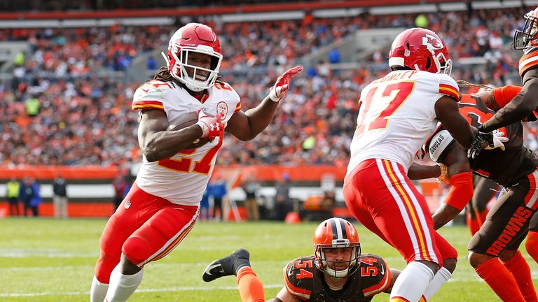 Kareem Hunt has signed with the Cleveland Browns