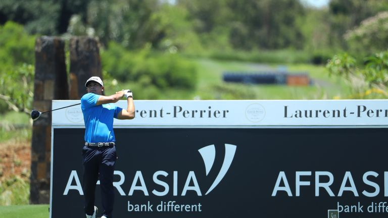 Kurt Kitayama holds a two-shot lead after a pair of 65s