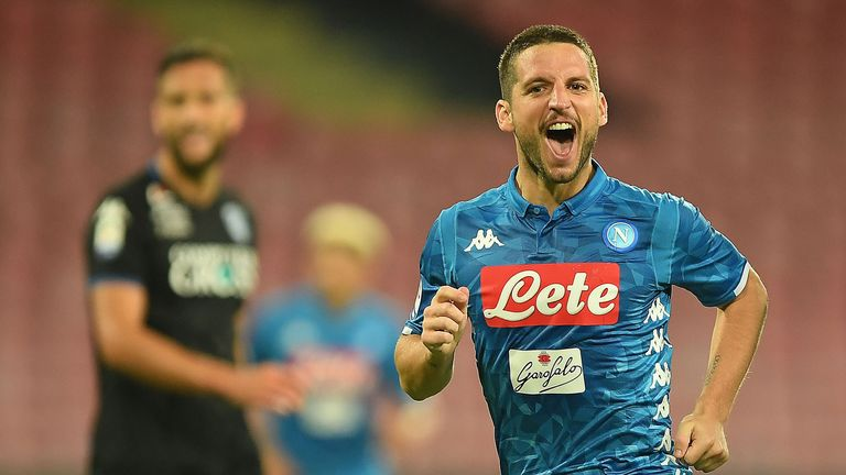 Dries Mertens will be hoping to pick apart PSG