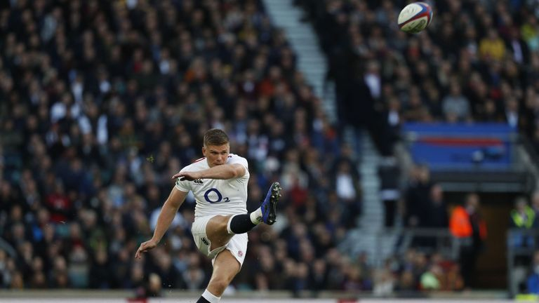 Owen Farrell kicked a 73rd-minute penalty to hand victory to England