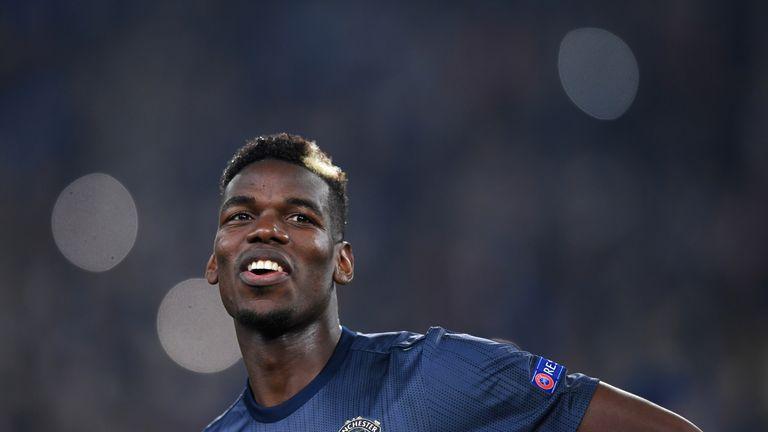 Fan M.U sôi tiết vì thái độ của Pogba sau thất bại