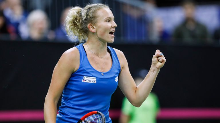 Katerina Siniakova sealed the hosts' victory after a marathon encounter against Sofia Kenin