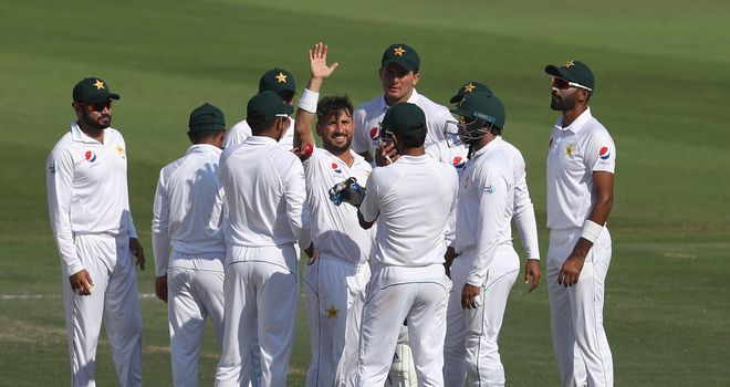 Coach Arthur calls on beaten Pakistan to toughen up for Tests
