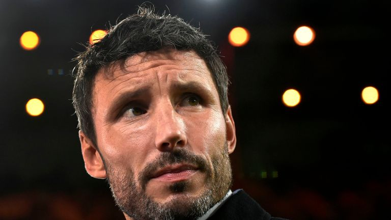 Mark van Bommel's PSV moved five points clear at the top of the Eredivisie