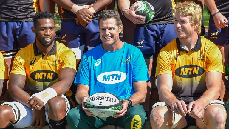 'I can take him to war any day', says Siya Kolisi (l) of Pieter-Steph du Toit (r)