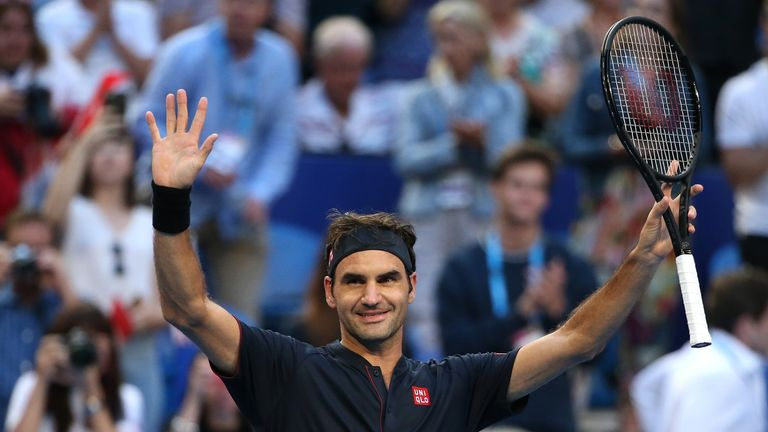 Roger Federer got Switzerland's Hopman Cup campaign off to a winning start