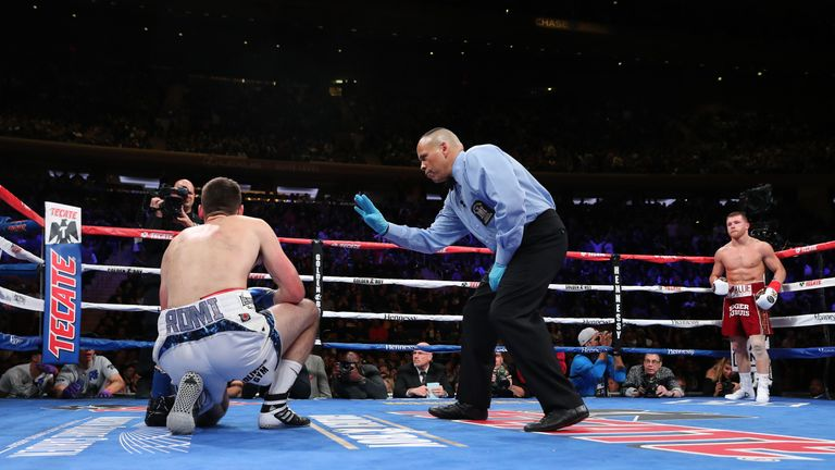 Fielding was floored on four occasions at Madison Square Garden