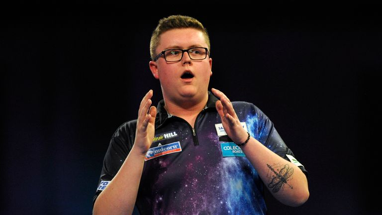Evetts has been beaten by Gerwyn Price and Adrian Lewis in his previous Alexandra Palace outings