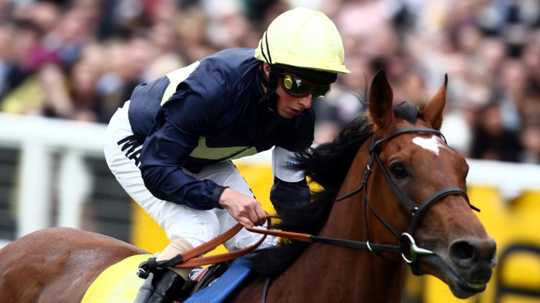 Nathaniel wins the King George at Ascot