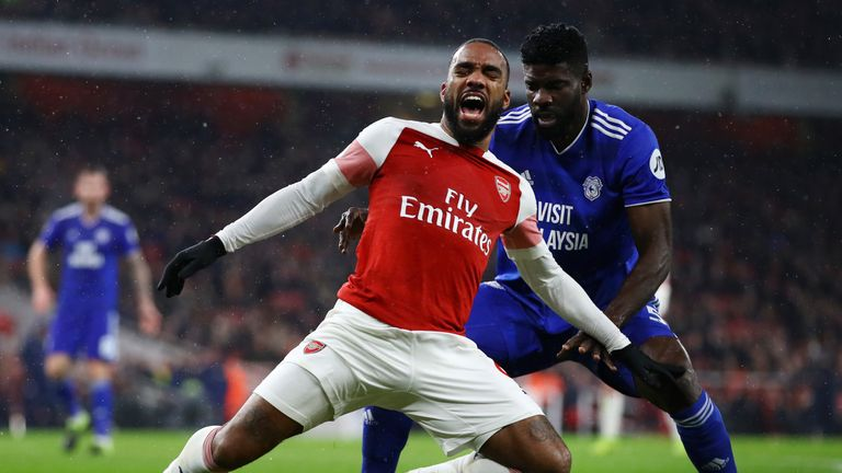 Lacazette was not given a penalty despite being caught by Manga