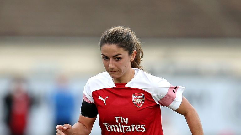 Danielle van de Donk struck twice in six second-half minutes as Arsenal beat West Ham