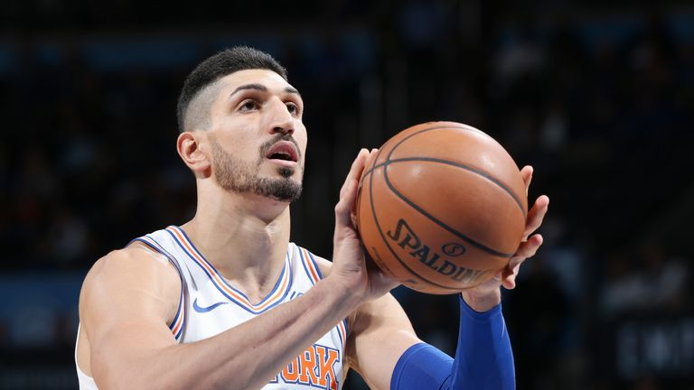 OKLAHOMA CITY, OK - NOVEMBER 14: Enes Kanter #00 of the New York Knicks shoots the ball during the game against the Oklahoma City Thunder on November 14
