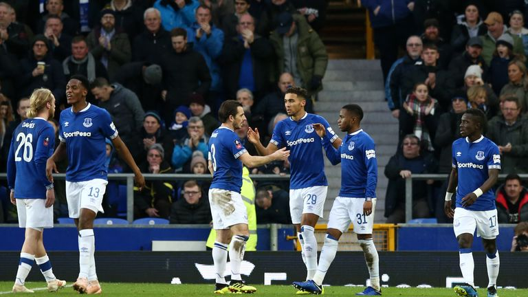 Everton raced into a 2-0 lead inside the opening 15 minutes on Saturday