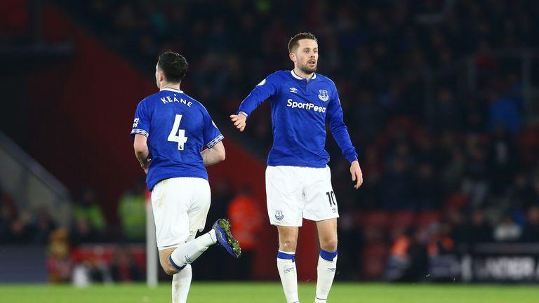 Gylfi Sigurdsson scored a late consolation for Everton