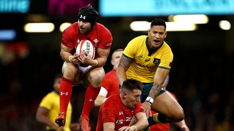 Leigh Halfpenny takes a high ball against Australia