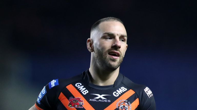 Castleford Tigers not rushing decision to replace Luke Gale but do have salary cap relief | Rugby League News |