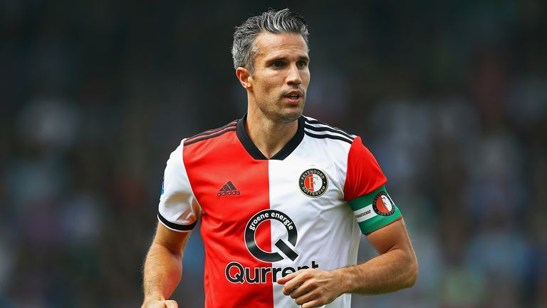 Robin van Persie scored his 16th goal of the season against AZ Alkmaar