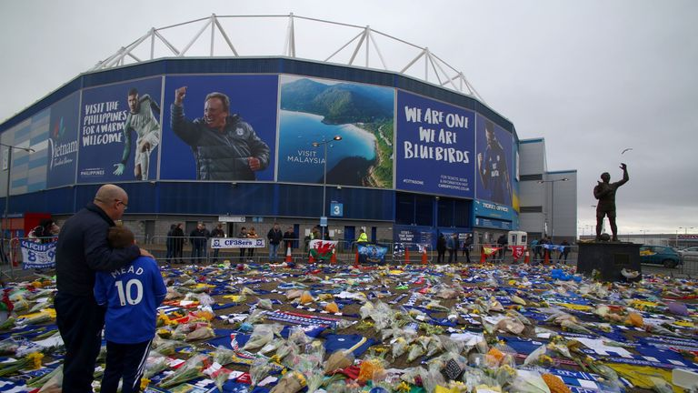 Tributes for Sala in Cardiff