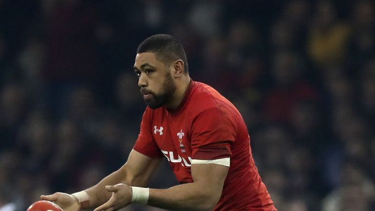 Taulupe Faletau broke his arm last month while playing for Bath