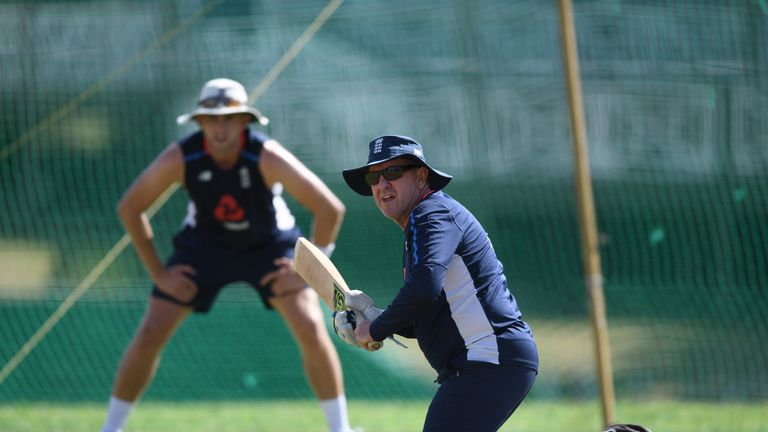 Trevor Bayliss wants England to 'nail the basics', says Woakes