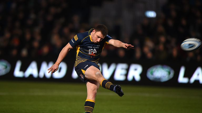 Duncan Weir kicked the conversion to snatch a dramatic victory at Sixways