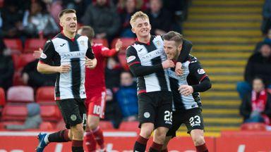 St Mirren's Kyle McAllister (R) celebrates scoring against Aberdeen