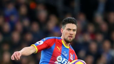 Kelly signs new Palace contract