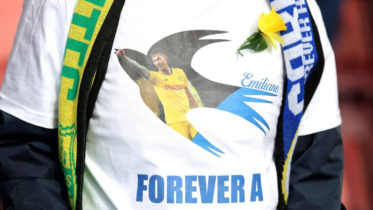 Cardiff fans wore t-shirts in tribute to the striker they never got to see play at a Premier League game against Southampton