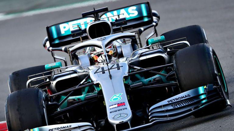 Pressure on Leclerc unfair says Hamilton