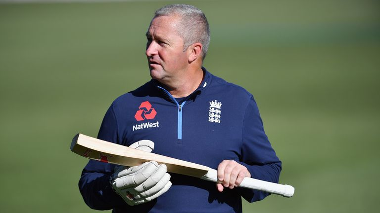 Paul Farbrace is leaving England to take over as sport director at Warwickshire