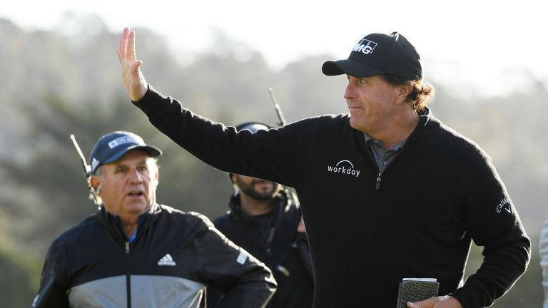 Mickelson fired seven birdies during his final round
