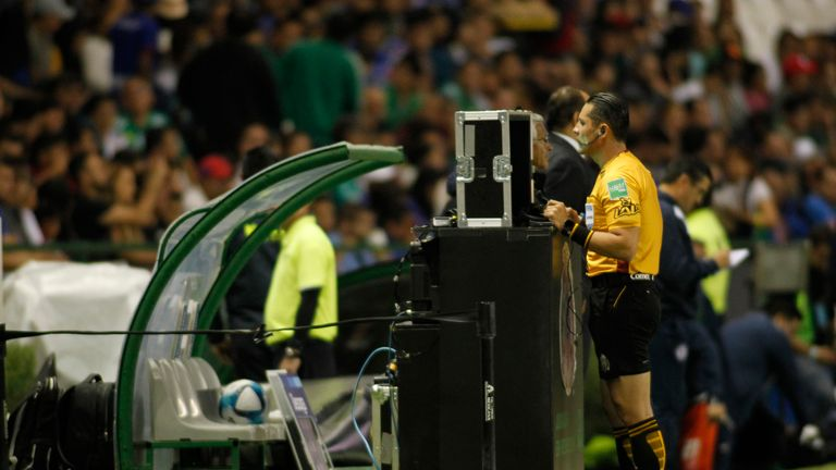 VAR will be implemented for the knockout stages of the Champions League