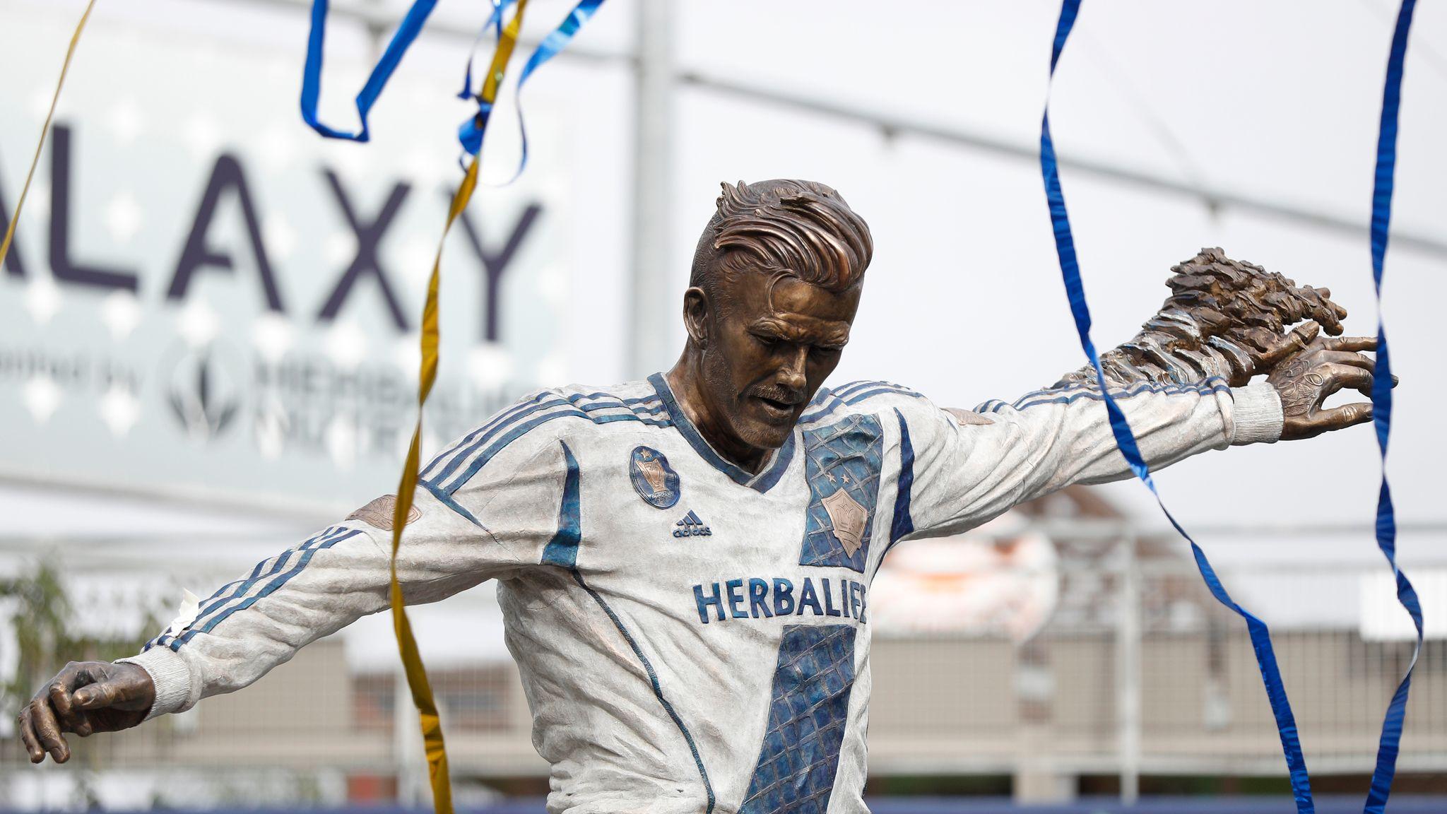 be4a8c1ce WATCH: David Beckham statue unveiled at LA Galaxy   Football News   Sky  Sports