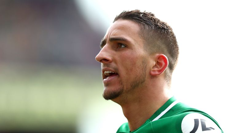 Anthony Knockaert is set to join Fulham after undergoing a medical on Friday afternoon